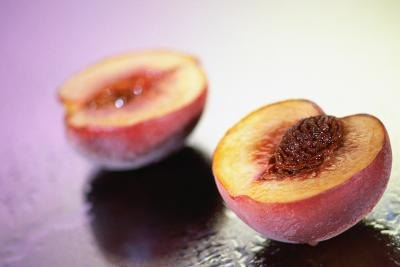 Combine one peeled peach with an egg white.