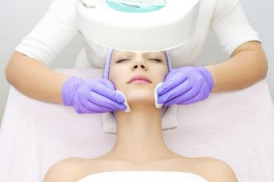 Chemical peels work by removing outer layers of dead skin cells and promoting the production of elastin and collagen.