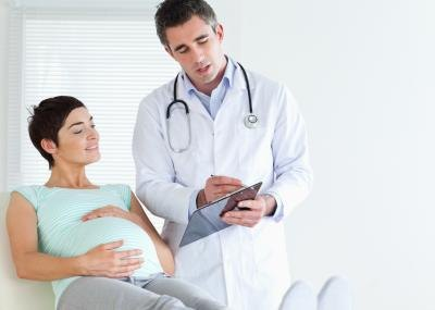 A pregnant woman that hasn't been immunized against tetanus in over 10 years should take Td.