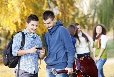 Advantages and disadvantages of dating in high school-in-Barrightown