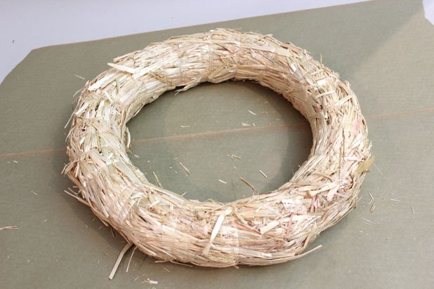 Straw wreath forms come in all sizes.