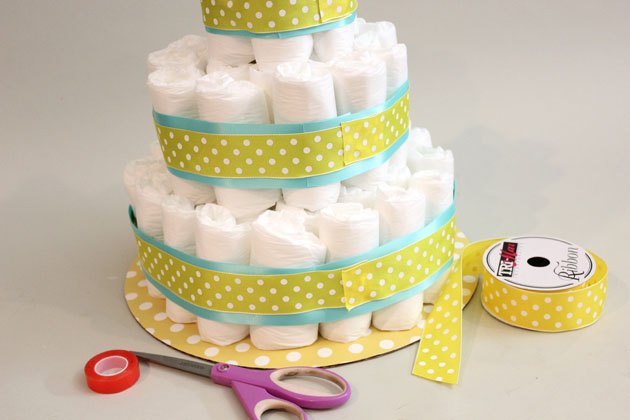 Polka dots are always a great design detail at baby showers.