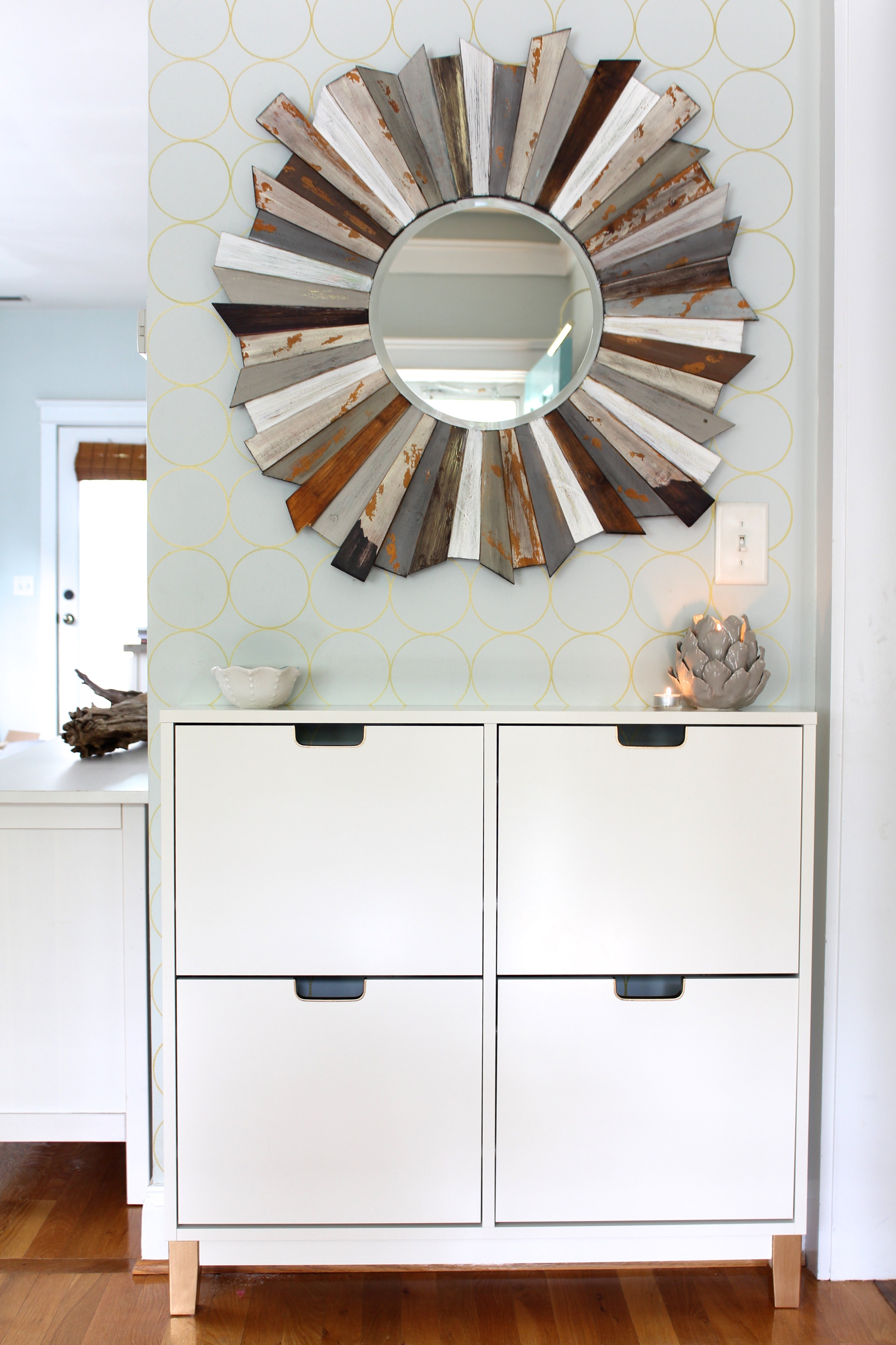 Create A Functional And Stylish Entryway Storage Solution
