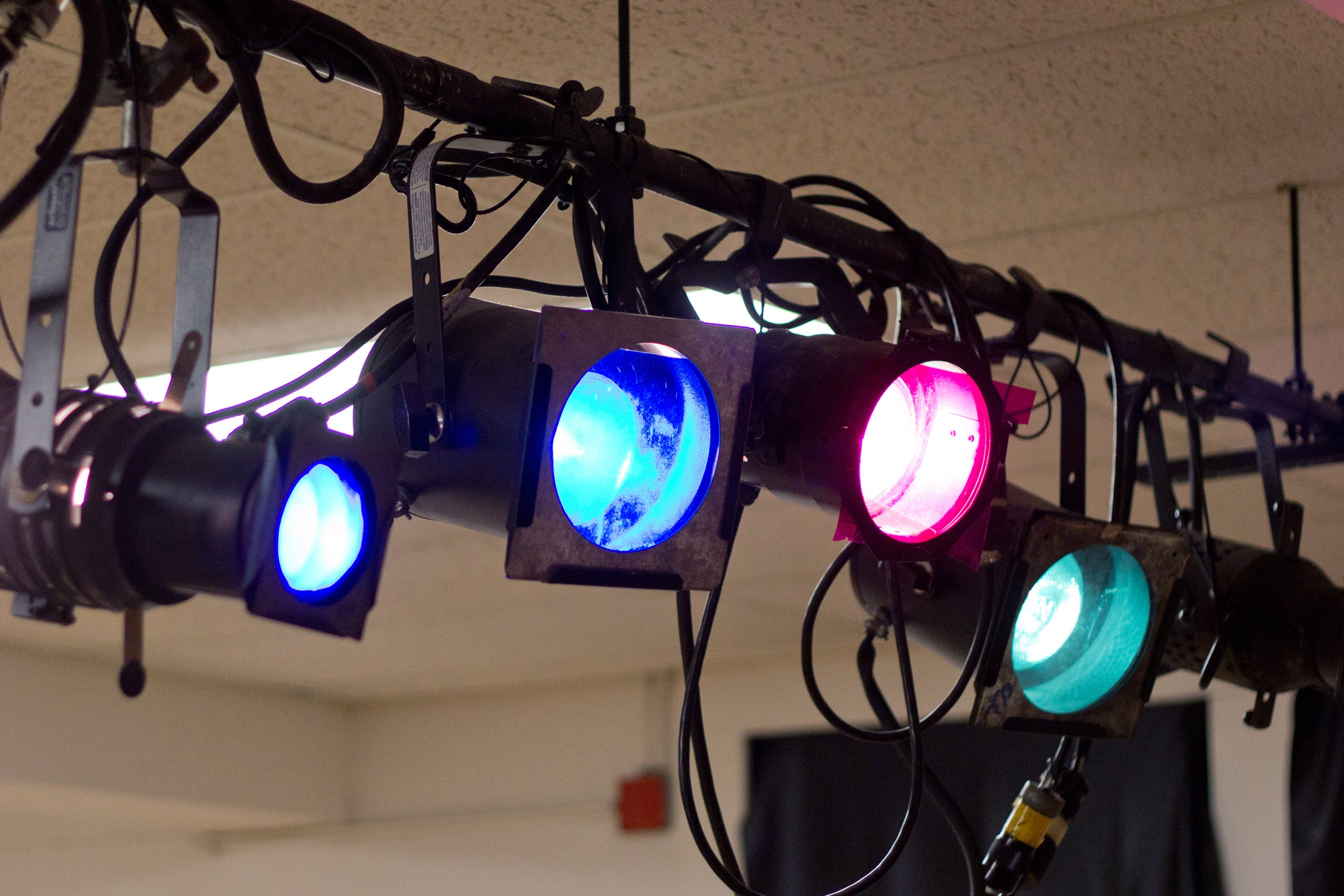 Do It Yourself Stage Lighting With Pictures Ehow