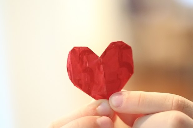 Gum wrapper hearts are a fun crafts project for kids.