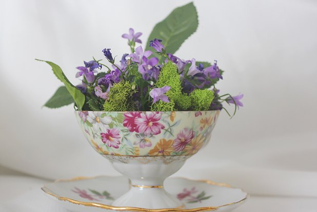 How To Create A Teacup Floral Arrangement With Pictures