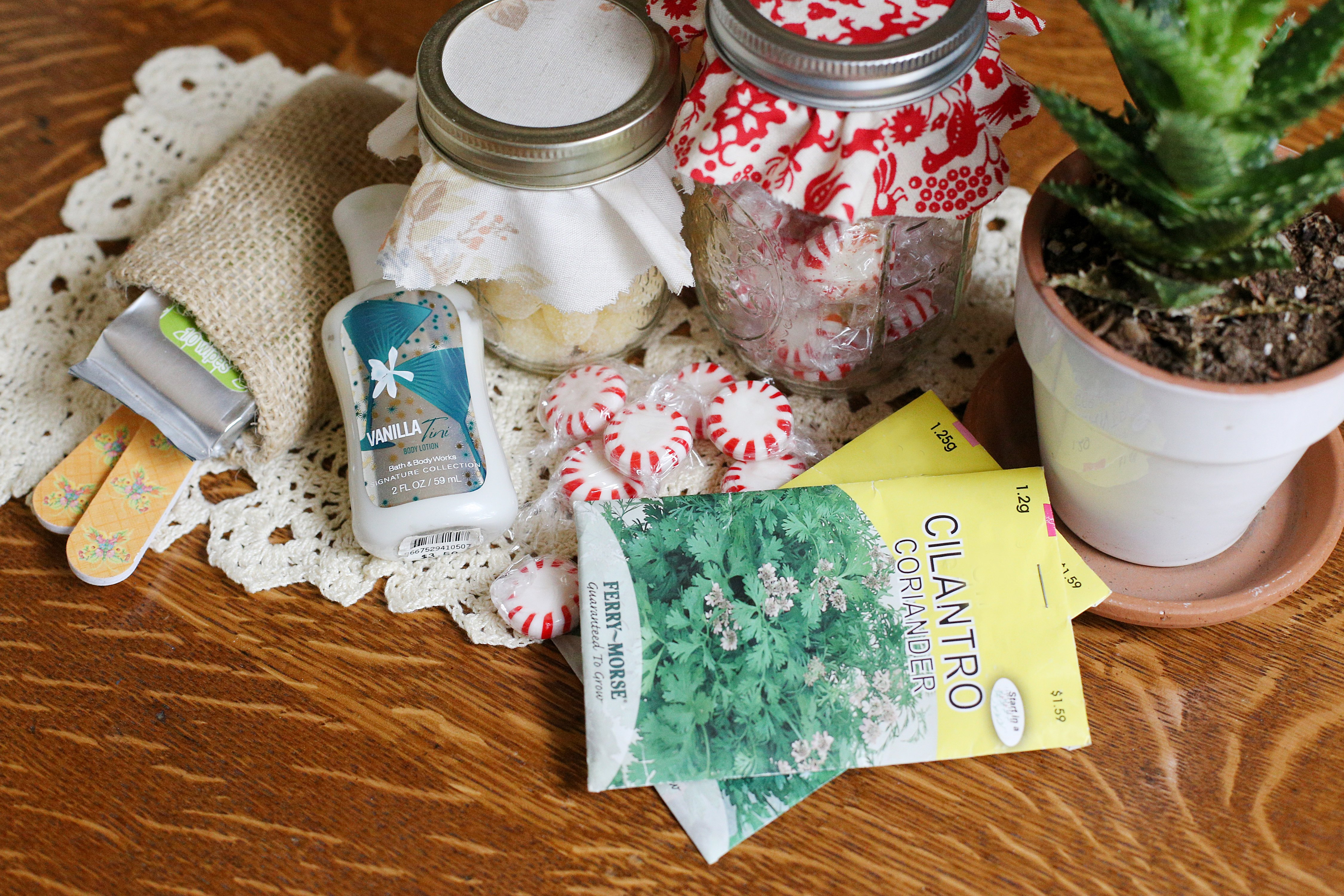 Baby shower game gift ideas for winners