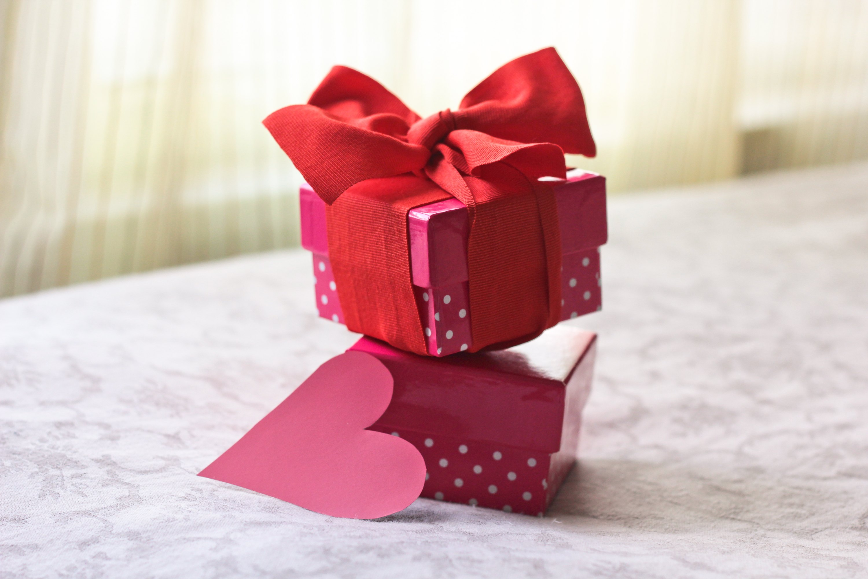 Romantic Homemade Gifts for a Boyfriend on His Birthday | eHow