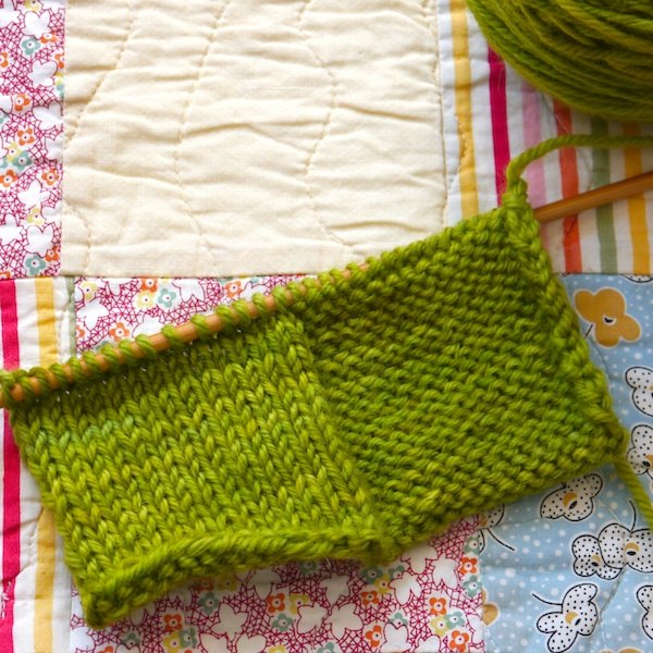 How To Do A Knit Stitch And Purl Stitch : Knitting vs. Purling (with Pictures) eHow