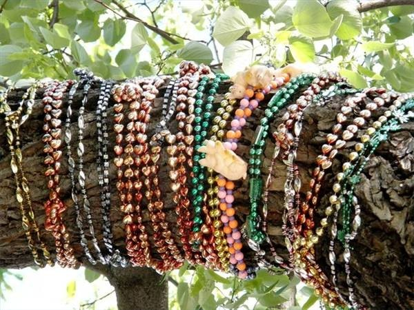 Buying Wholesale Beads for Making Jewelry