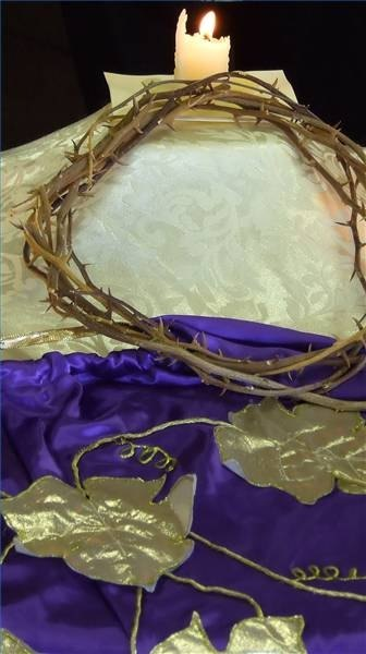Religious Easter Decorating Ideas Ehow