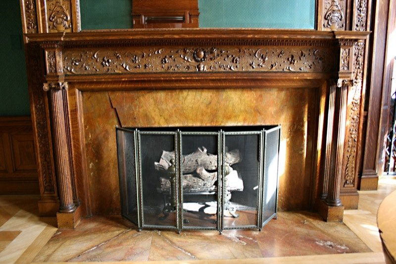 Types of Fireplace Mantels | eHow