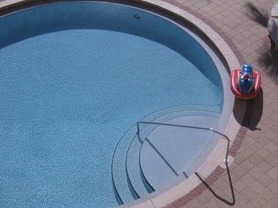 Pool Epoxy Vs Acrylic Paint Ehow