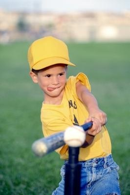 ideas for a t ball practice ehow. Black Bedroom Furniture Sets. Home Design Ideas