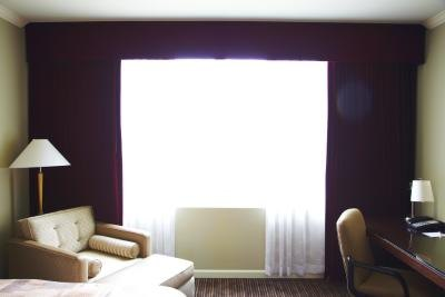 How To Clean A Hotel Room Ehow