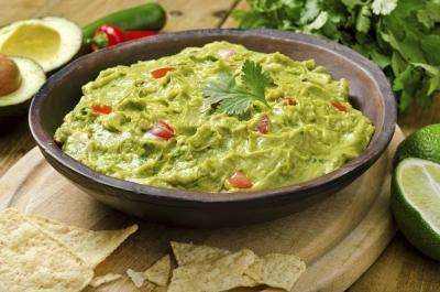 A dish of fresh guacamole