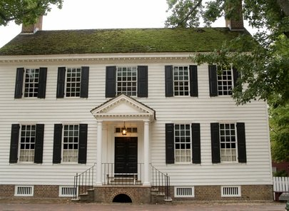 What Style Door Is Best For A Center Hall Colonial Ehow