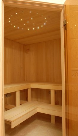 sauna rules in germany ehow. Black Bedroom Furniture Sets. Home Design Ideas