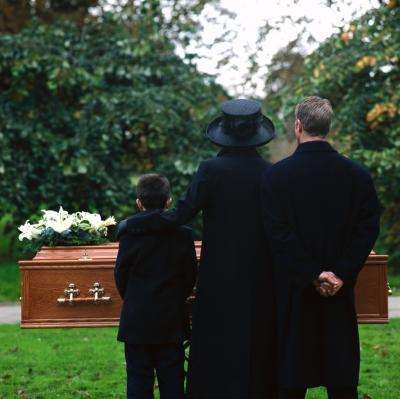 How to Write a Funeral Thank You Note for a Mass Card   eHow