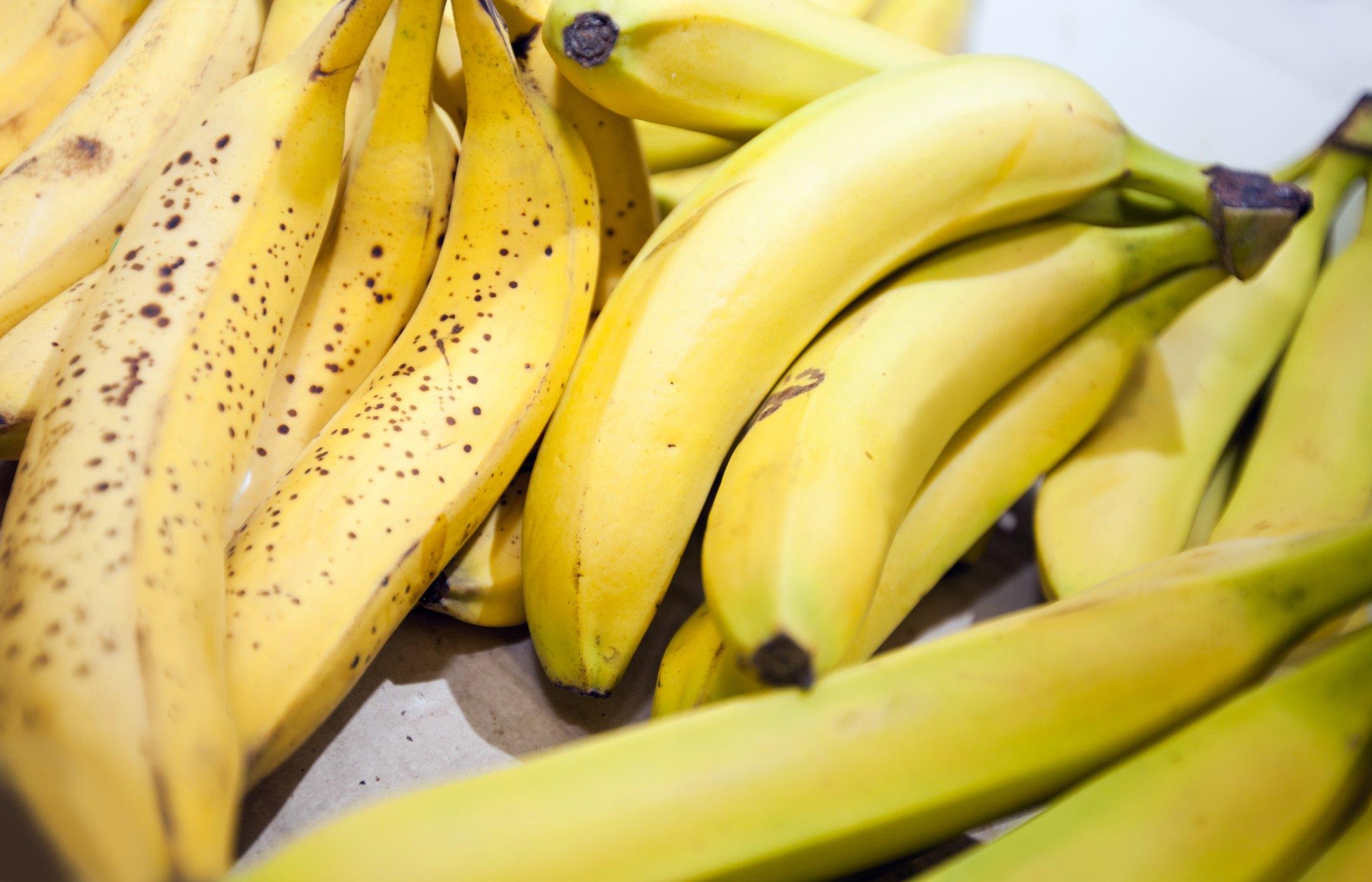 how to help bananas ripen