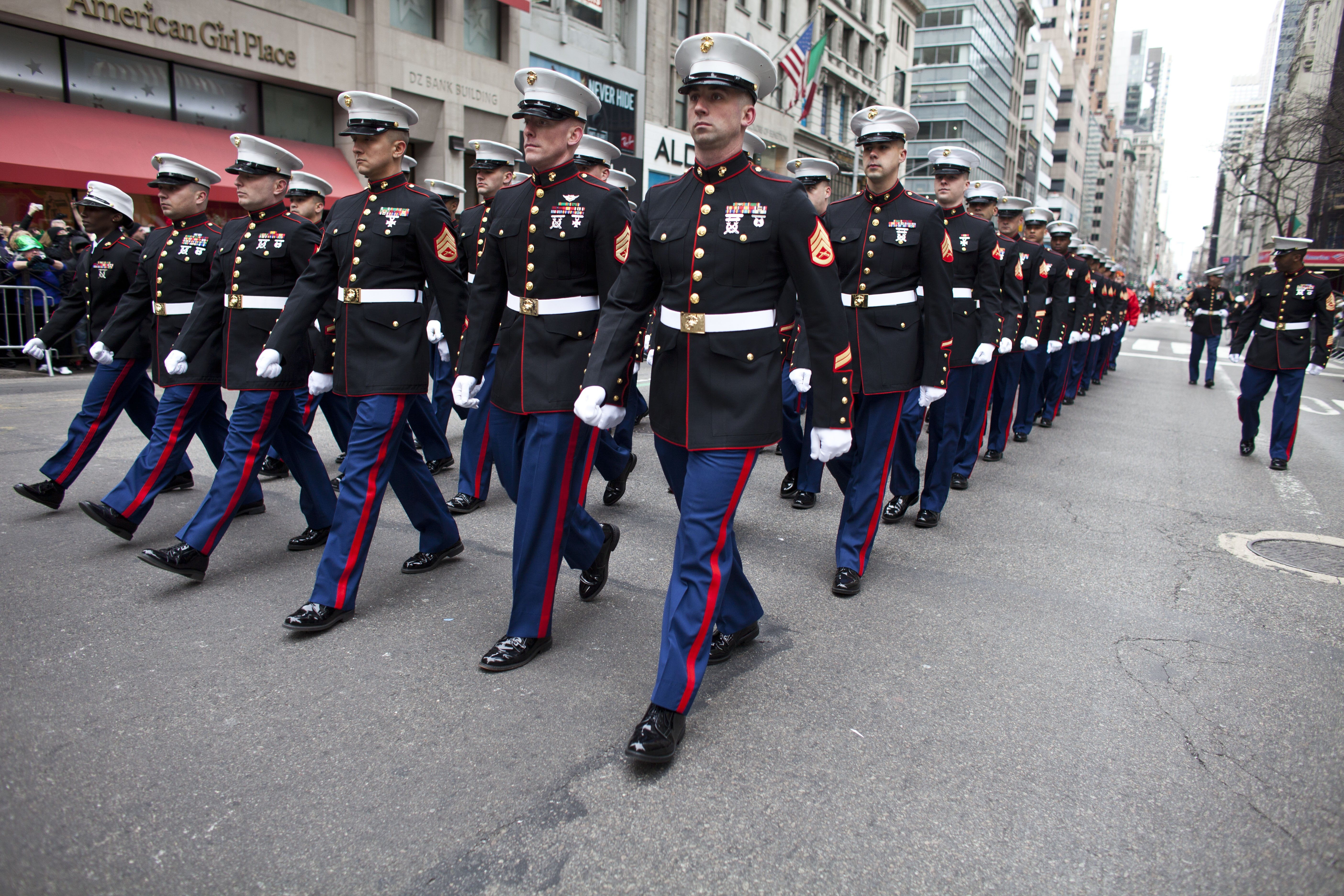 how to wear a marine corps dress uniform with pictures