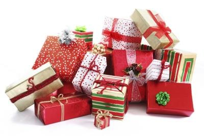 How To Manage A Successful Gift Exchange | Steps, Tips, Ideas & More