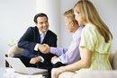 Diferencias entre asociado y analista en un negocio de consultoría