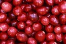 How to Lose Weight by Drinking Cranberry Juice