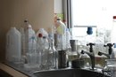 Cómo comenzar una compañía de reciclaje de plástico
