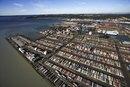 ¿Qué es una lista de impuestos sobre importaciones y exportaciones?