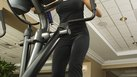 How to Get a Better Butt & Thighs With an Elliptical Machine