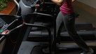 How to Lose Fat Around the Waist Using a Treadmill