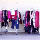 Cómo iniciar un negocio de ropa usada