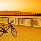Cómo convertir una bicicleta en un triciclo