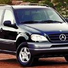 Cómo colocar el líquido de transmisión a un Mercedes Benz E320