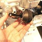 Cómo limpiar una válvula EGR de un Toyota