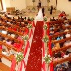 Cómo hacer decoraciones para bodas en iglesias