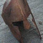 Cómo hacer un casco espartano de cartón