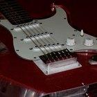 Cómo utilizar una palanca de vibrato de guitarra