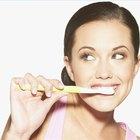 Cómo tratar la gingivitis con bicarbonato de sodio