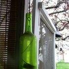 Cómo perforar orificios pequeños en las botellas de vidrio