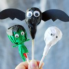 Make Halloween Lollipops