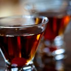 Make It a Manhattan: Classic Manhattan Recipe