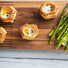 Parmesan and Thyme Pastry Baked Eggs with Asparagus for an Easy Brunch