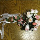 How to Make Bows for Wedding Bouquets