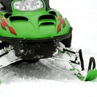How to Adjust the Carburetor on a Ski-Doo