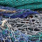 How to Make Fishing Nets With Knots