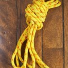 How to Tie Knots in Poly Rope