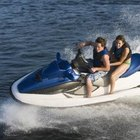 How to Hook a Ski Rope to the Back of a Jet Ski