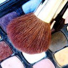 How to Get a Grant for Makeup Artistry School